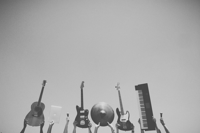 abstract-music-rock-bw (1)